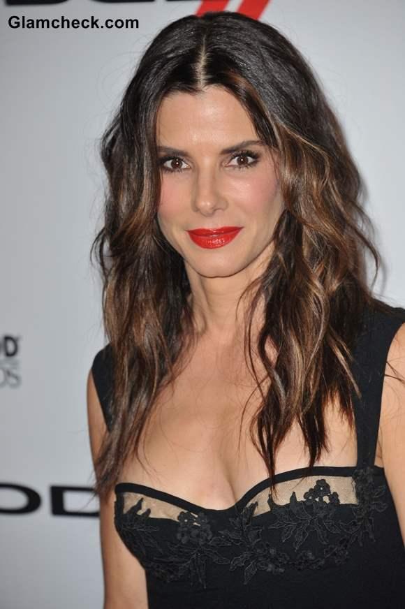Sandra Bullocks Age Defying Curly Do And Red Hot Lippie