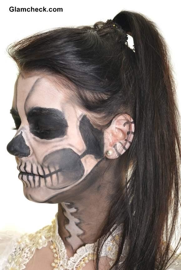 Skull Face Makeup Tutorial For Halloween