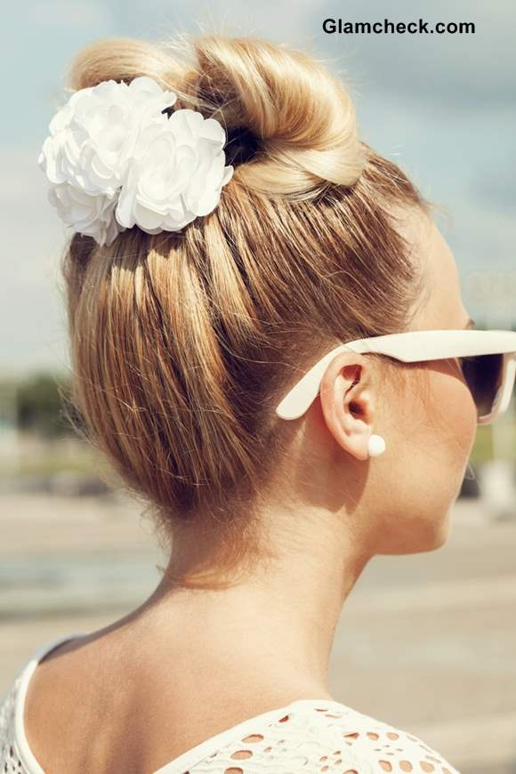 Bow Coiffure Hairstyle