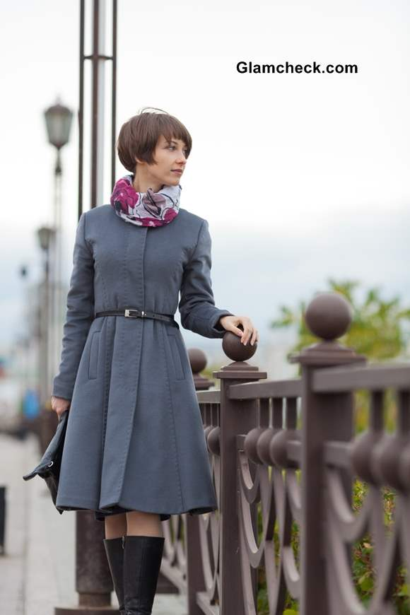How to Dress Up Trench Coats with Scarves during winters