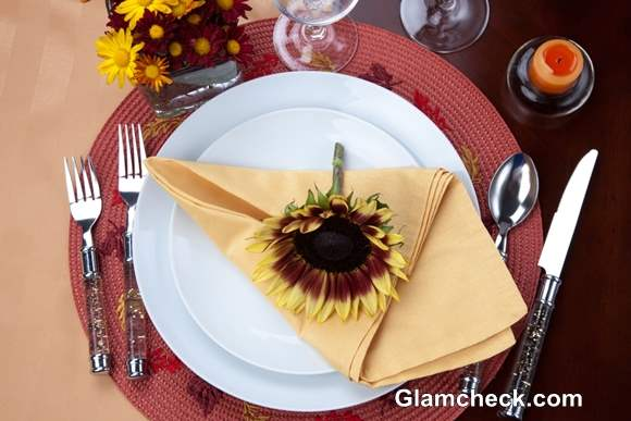 How to Set Table for Thanksgiving