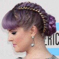 Kelly Osbourne Lilac braide hair at 2013 AMAs