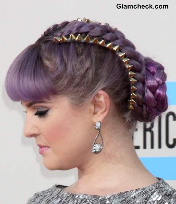 Kelly Osbourne Lilac braided hair at 2013 AMAs