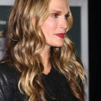 Molly Sims in Mermaid Locks at the Delivery Man World Premiere