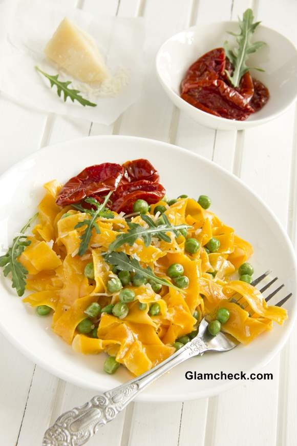 Thanksgiving Dishes-Pumpkin pasta with tomato and basil