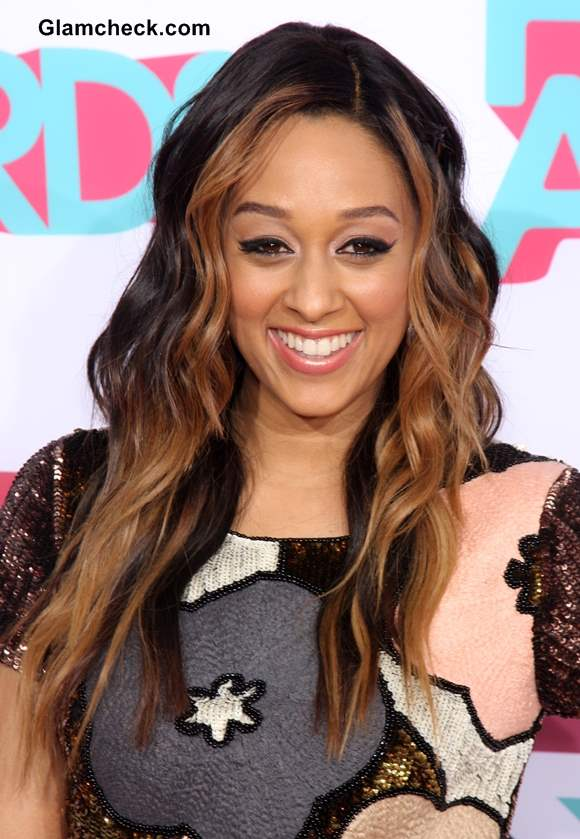Two Toned Colored Hair: Tia Mowry-Hardrict Sports Dual Toned Curls