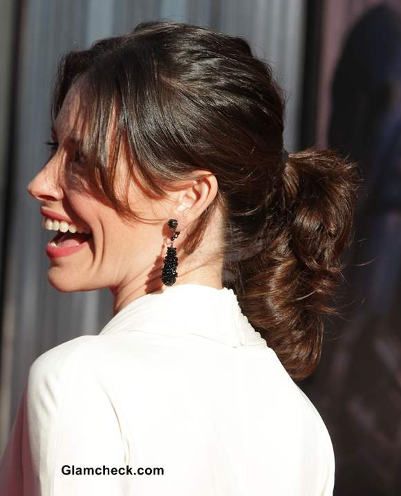 Casual Ponytail Hairstyle at a Formal Event - Evangeline Lilly