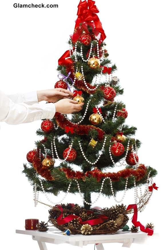 Christmas Tree Decoration Themes Red and Green
