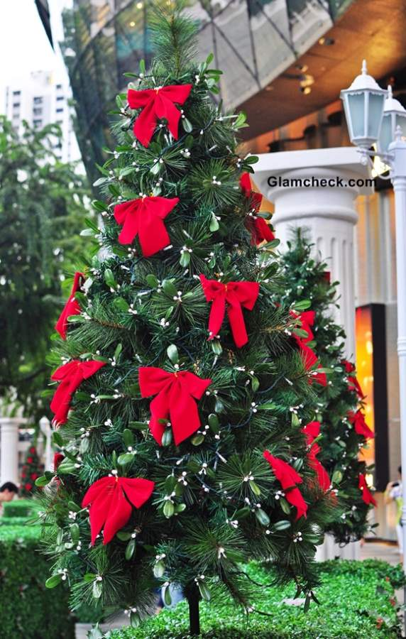Christmas Tree Decorations Red Bows