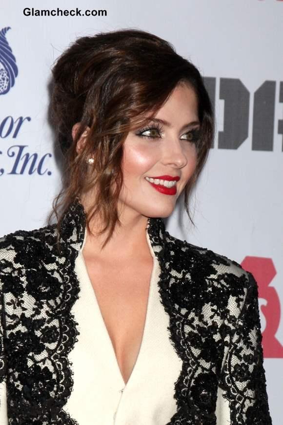 Jen Lilly 2013 in a Monochrome Lace and Woolen Blazer