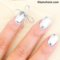 Silver Nails with Bow detailing for Christmas