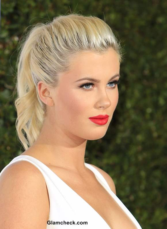 Ireland Baldwin Shows Off Pins And More In Tiny Monochrome