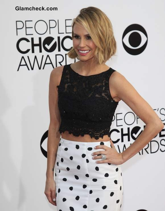 b4b01e85666e4b People's Choice Awards 2014 Red Carpet – The Crop Top & Long Skirt Combo