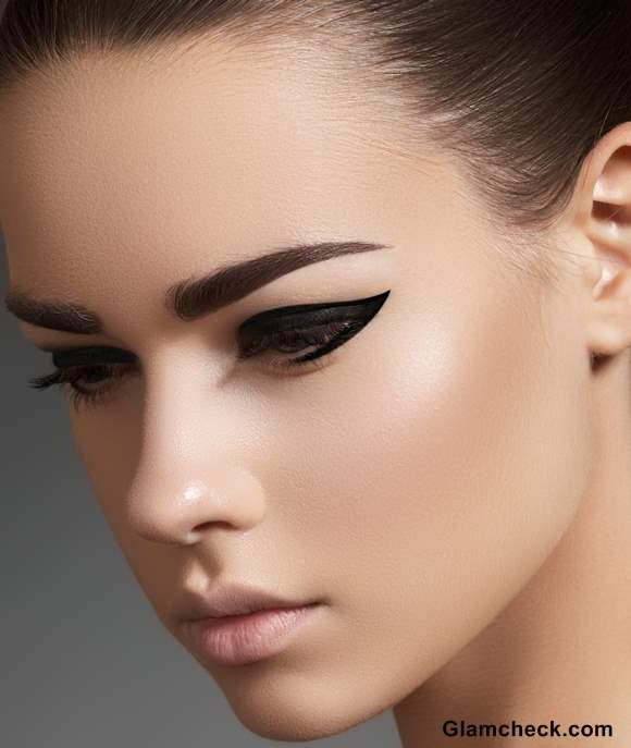 Gel Eyeliners and How to Use them Properly