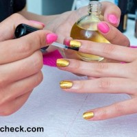 Shimmery Golden Nails DIY