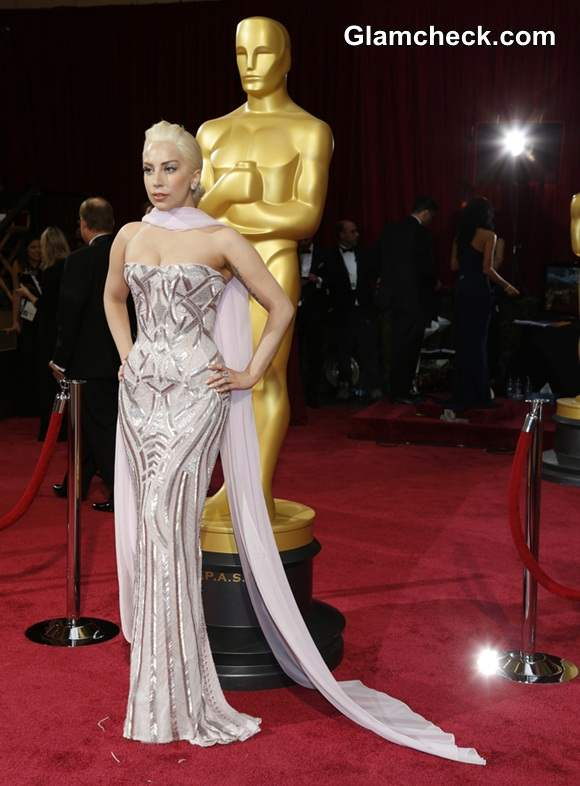 Lady Gaga in Atelier Versace at Oscars 2014