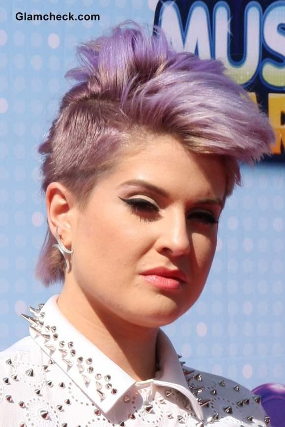 Kelly Osbourne New Pixie Mohawk at Radio Disney Music Awards 2014