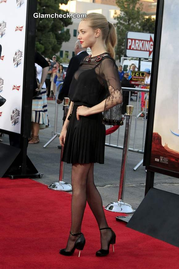 Amanda Seyfried At A Million Ways to Die in the West Premiere