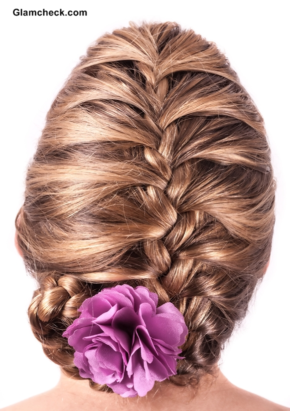 Braided hairstyle with flowers