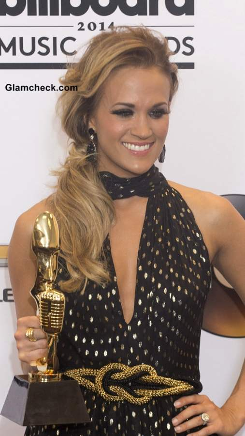 Carrie Underwood Hairstyle at 2014 Billboard Music Awards