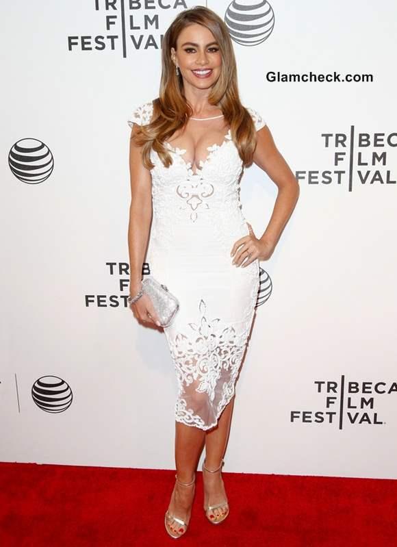 Sofia Vergara in Zuhair Murad white lace dress