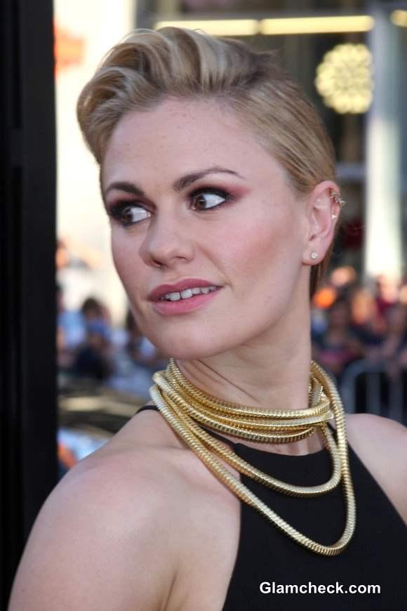 Anna Paquin Rocks Statement Gold Necklace at True Blood Season 7 Premiere