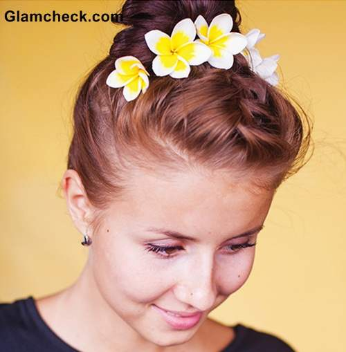 Hairstyle DIY -French Braid Top knot with flowers