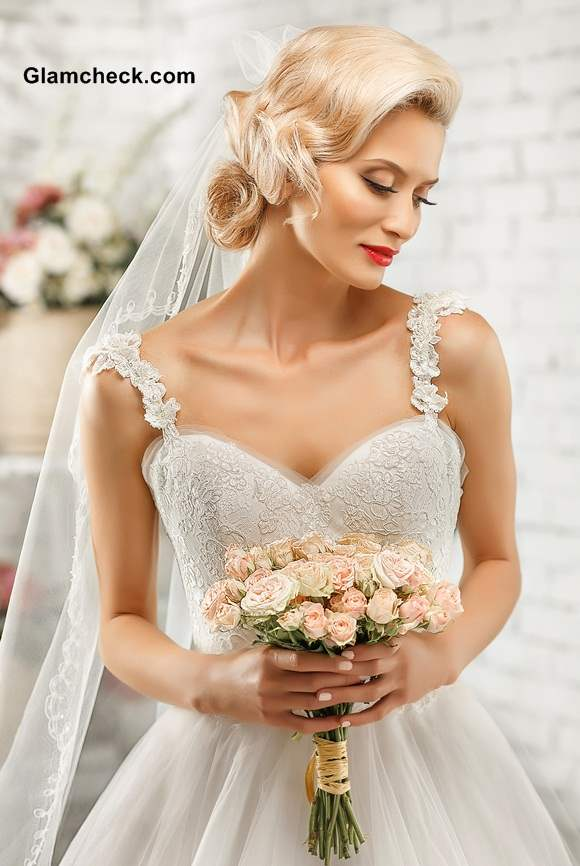 Bridal Dresses Neckline Strappy off-shouldered Sweetheart Neckline