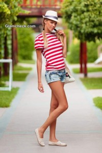 Denim Hot Pants – Nautical Summer Look