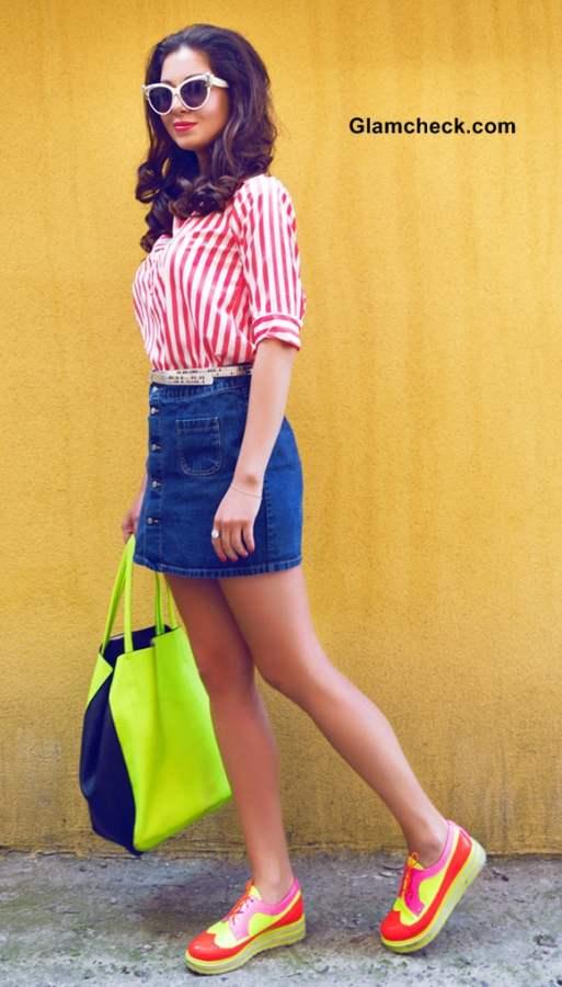 Street style Look in a Denim Skirt