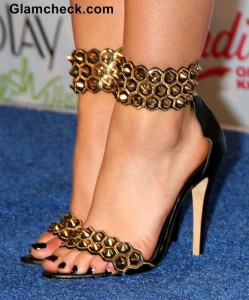 Celeb Footwear to watch out for – at the 2014 Teen Choice Awards Press Room