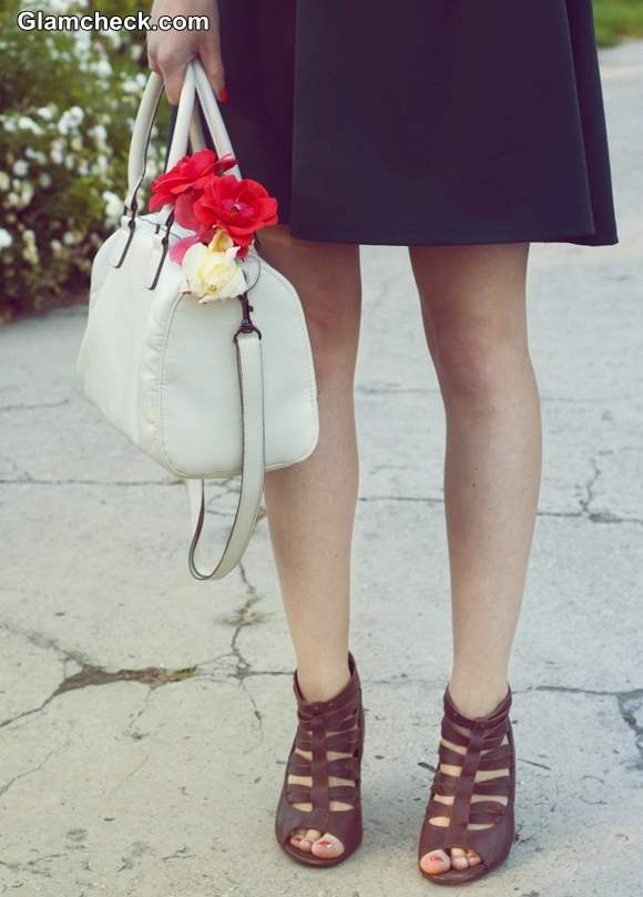 Style Tip of The Day - Jazz up your Bag with Flowers
