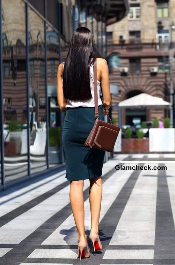 Wearing Tube skirt at work