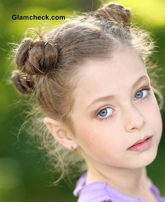 Little Girls Hairstyles Multiple Mini Buns