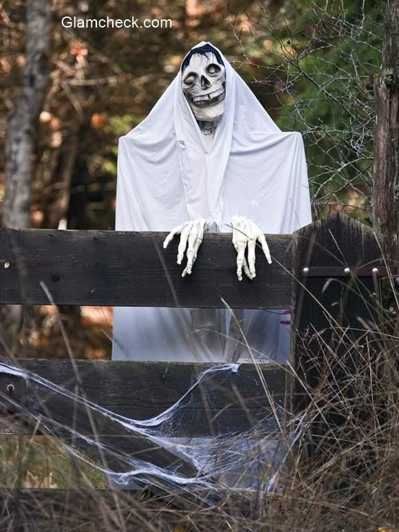 Halloween Decoration Idea scary ghost