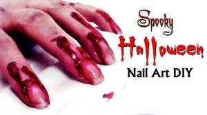 Spooky Halloween Nail art DIY – Blood on my Nails and Hand