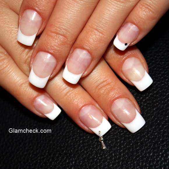 Nail Piercing – Tips, Precautions and Jewelry