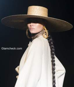 Runway Styling – Roberto Verino runway look for the Mercedes-Benz Fashion Week Madrid Spring/Summer 2015