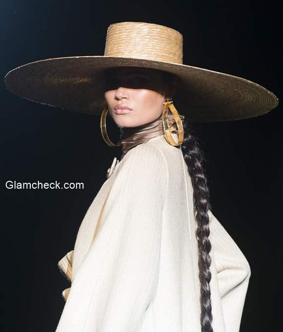 Runway Styling – Roberto Verino Mercedes-Benz Fashion Week Madrid SpringSummer 2015
