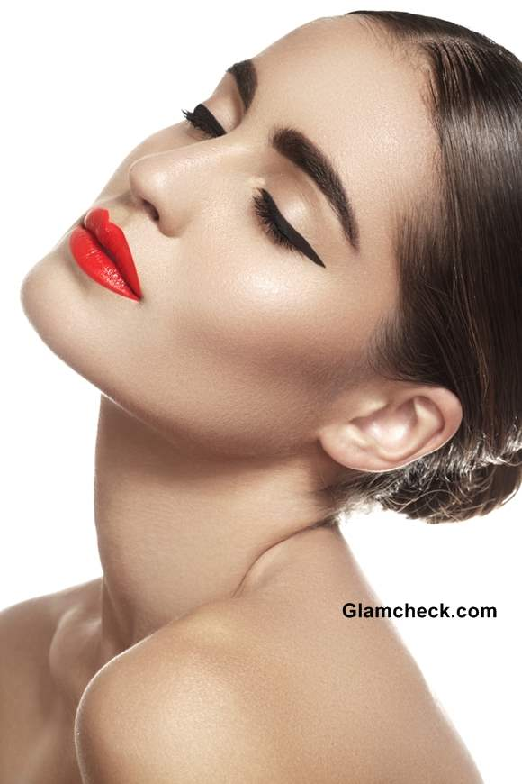 Bold Eyebrows and Makeup