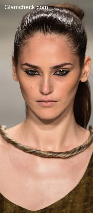 Beauty Trend 2015 - Reversed Cat Eye Makeup