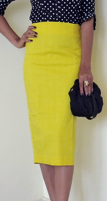 Yellow Pencil Skirt by Nineteen - Review and Styling Tips