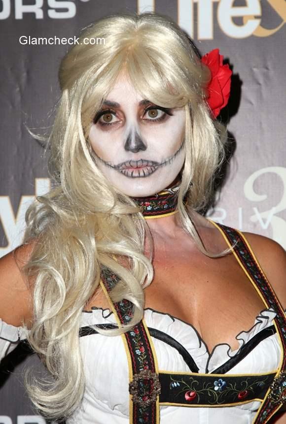 Celeb Halloween look Lizzie Rovsek