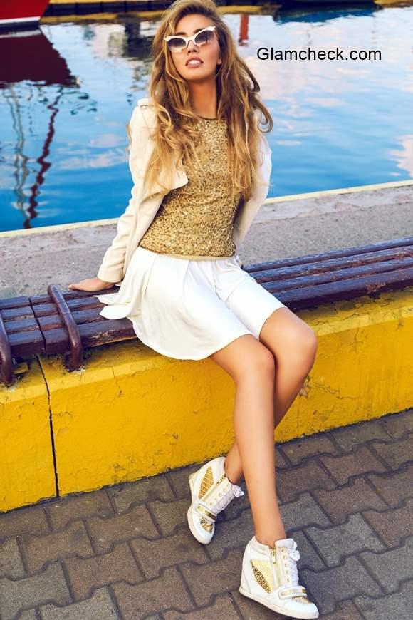 Festive Fashion - White and Gold