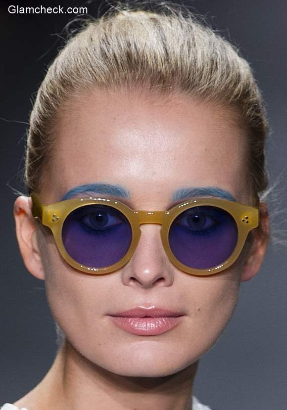 Makeup Trend Spring 2016 Colored Eyebrows