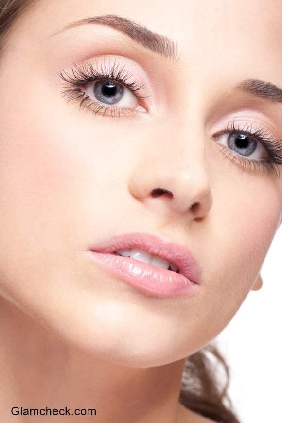 How to Get the False Eyelash Effect with Mascara