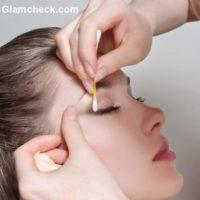 Q-tip Eye Makeup Hacks