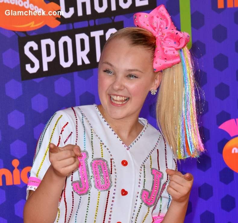 Candy Bow Hair Accessory Hairstyle - JoJo Siwa