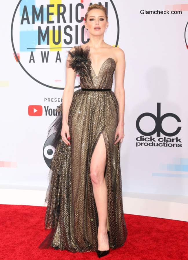 Amber Heard in Ralph Russo at 2018 American Music Awards