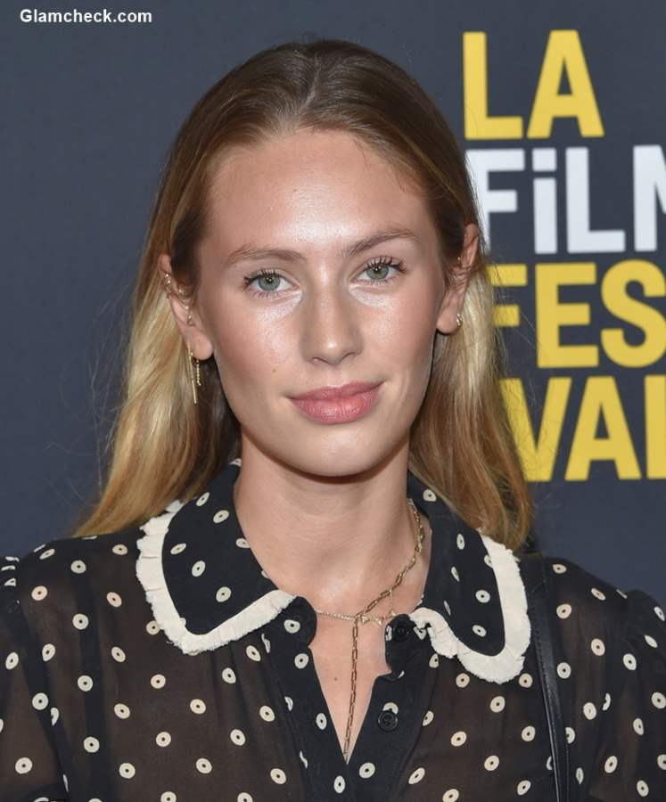 Natural Makeup - Dylan Penn 2018